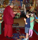 Geshe Tenzin instructs